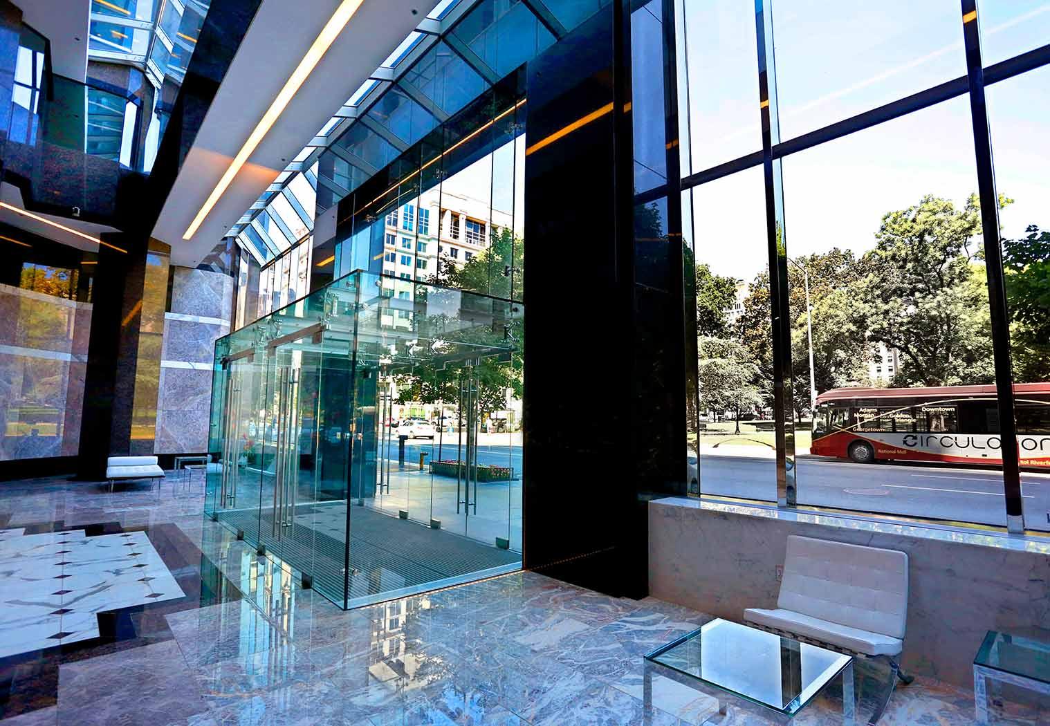Structural Glass Vestibule - 1350 I Street - Washington D.C.