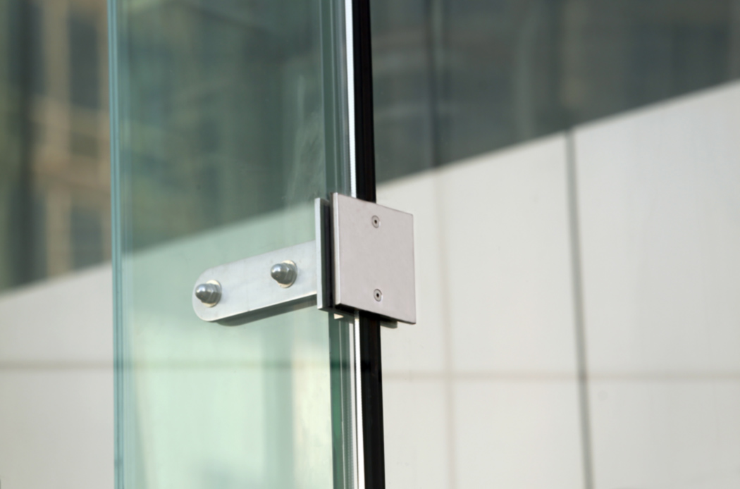 Glass vestibuel fitting