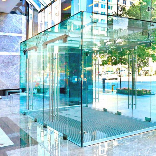 Structural Glass Vestibule
