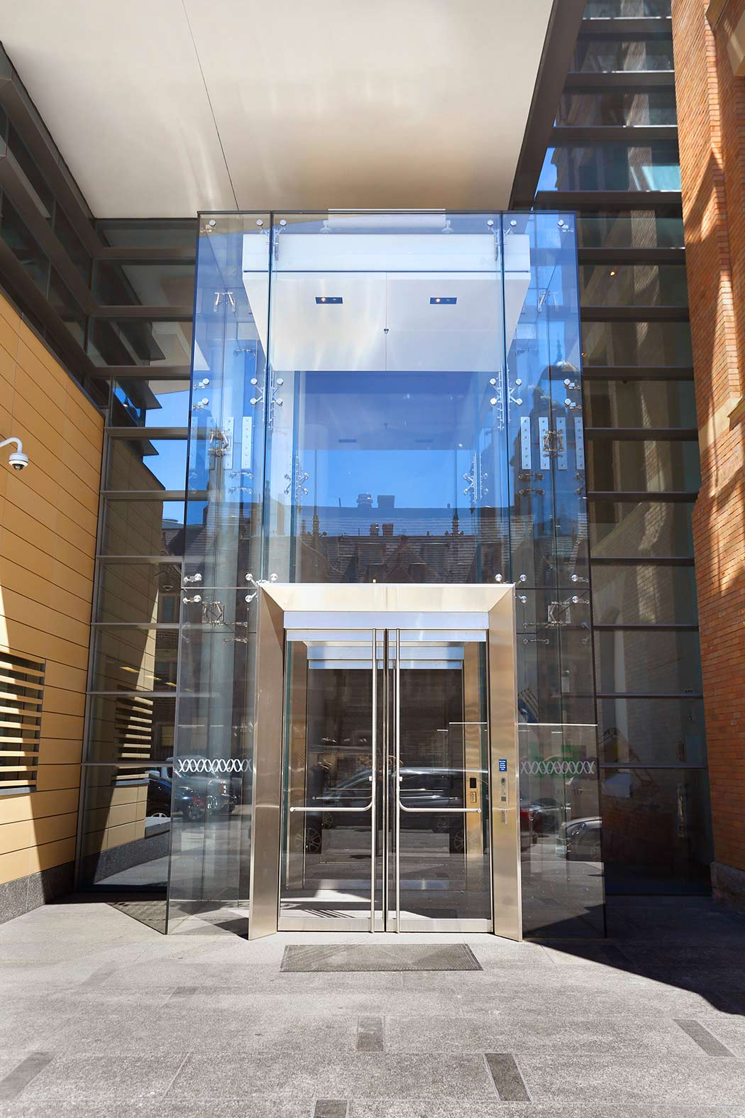Point Supported Glass Vestibule - Wistar Institute - Philadelphia PA