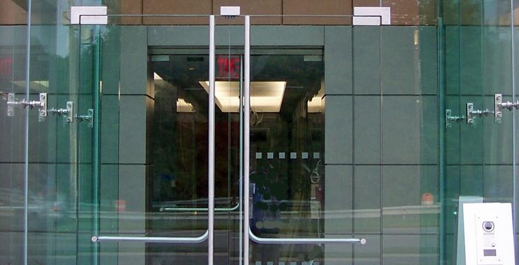 Glass vestibule door openings and framed door portal design considerations & Glass vestibule door openings and framed door portal design ...